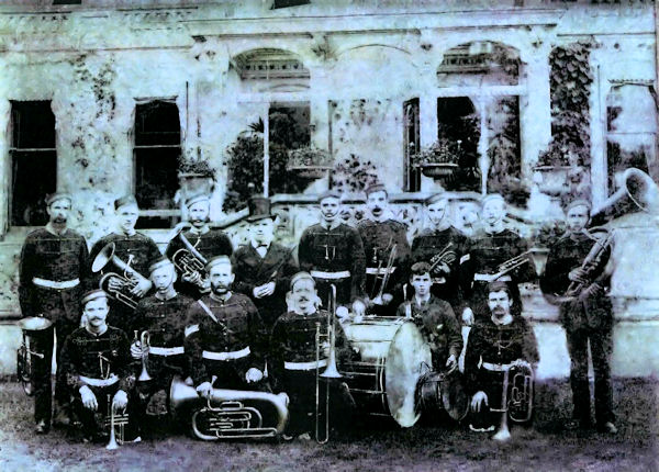 Enderby Band in front of Enderby Hall